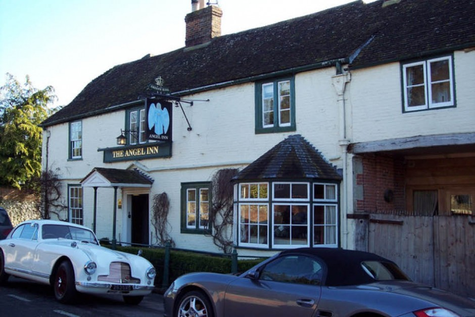 The Angel pub Heytesbury