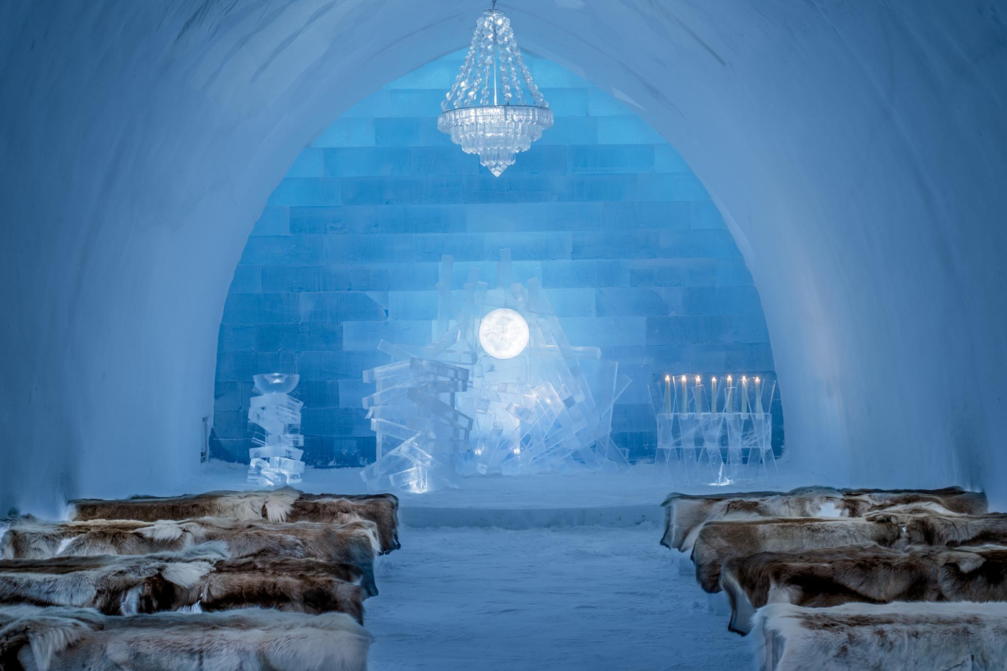 ICEHOTEL sweden chapel