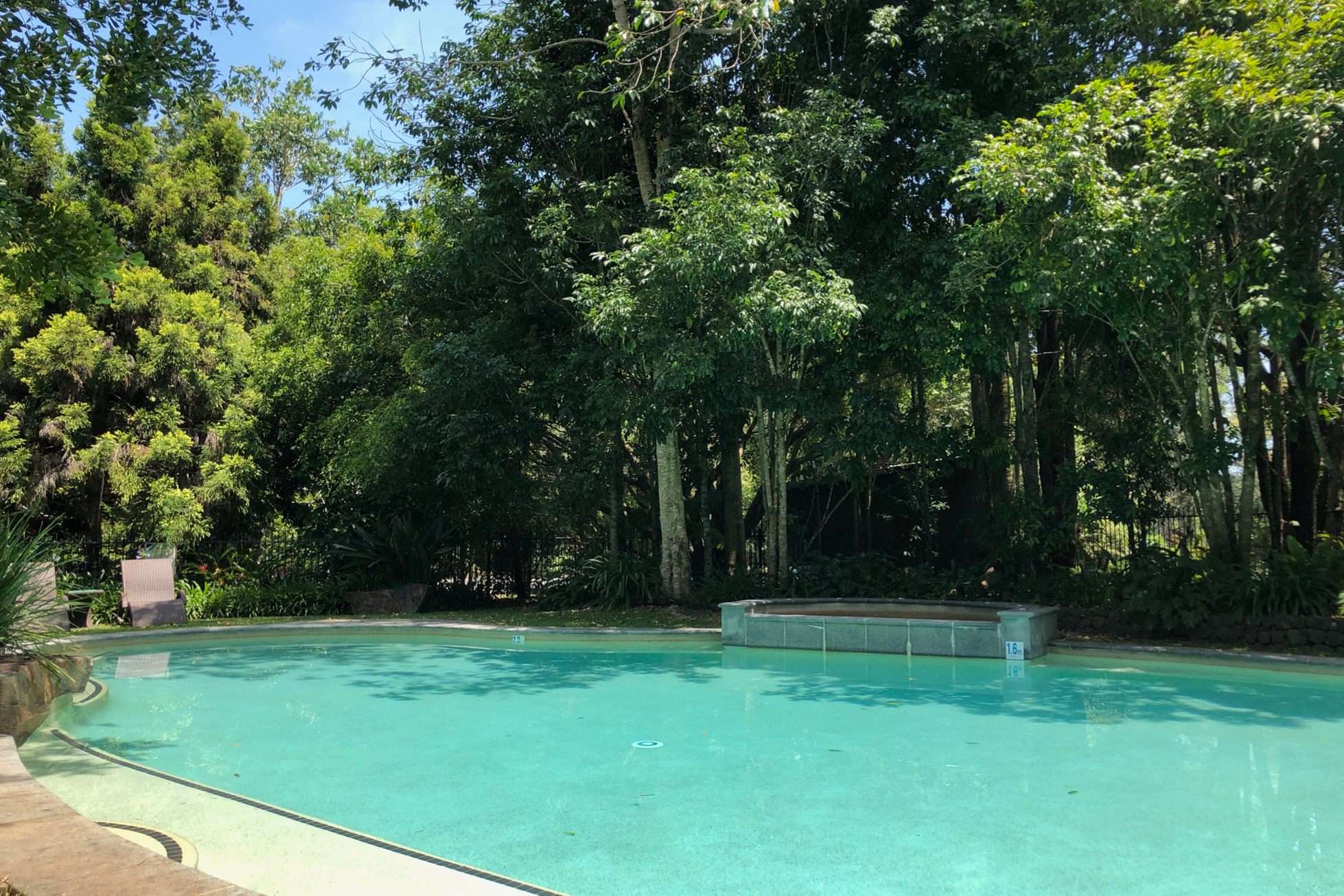 Spicers Retreat pool